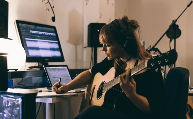5 Ways Musicians Can Be Making More Money