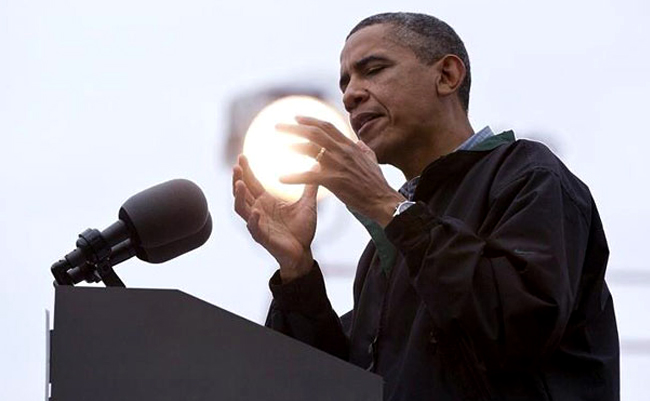 perfectly timed photos obama's fire ball
