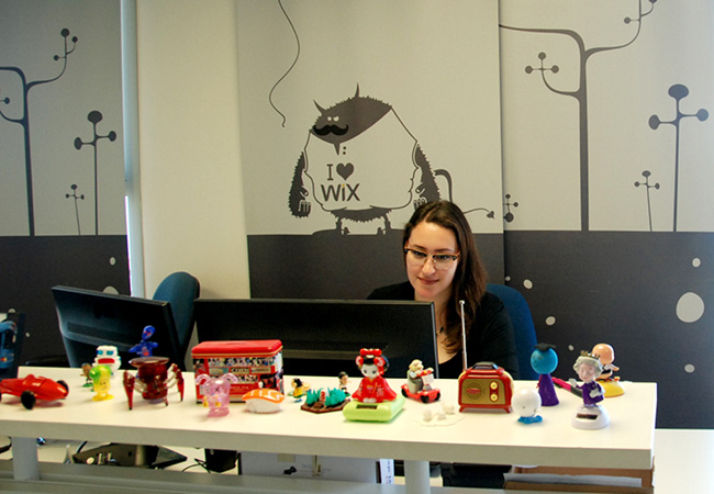 The Wix Moto - You Can Never Have Too Many Toys on Your Desk