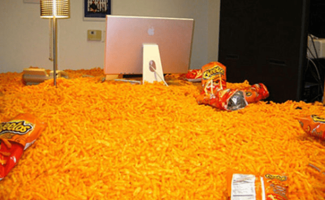 10 ideas for office pranks