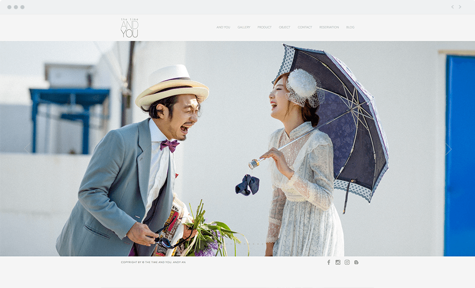 Stunning Wix online portfolio by wedding photographer The Time And You