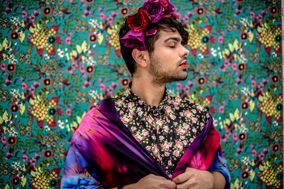 portrait of a man dressed as frida kahlo by wix photographer camila fontenele