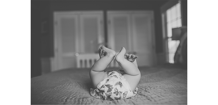 newborn photo black and white