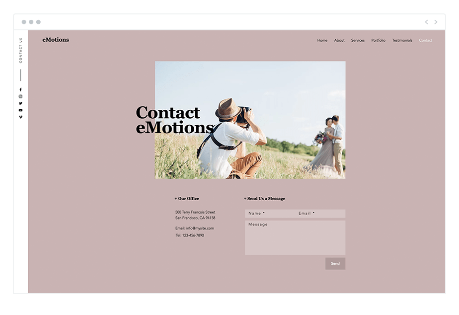 contact page of wedding photographer